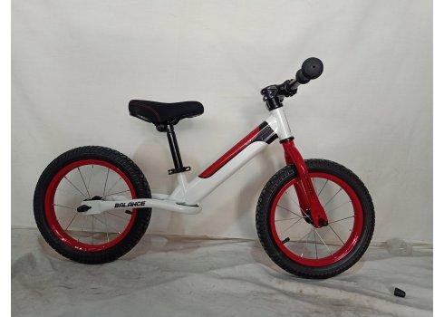 Детский беговел (велобег) на надувных колесах 16 дюймов Crosser BALANCE bike JK-07 AIR белый