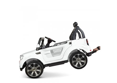 Детский электромобиль BMW с мощным мотором M 3118EBLR-1 белый