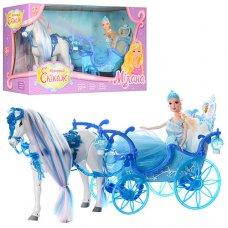 Карета с лошадью и куклой 223A